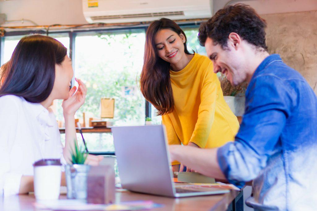 英語初心者でもビジネス英語は習得可能?気をつけること2つを紹介